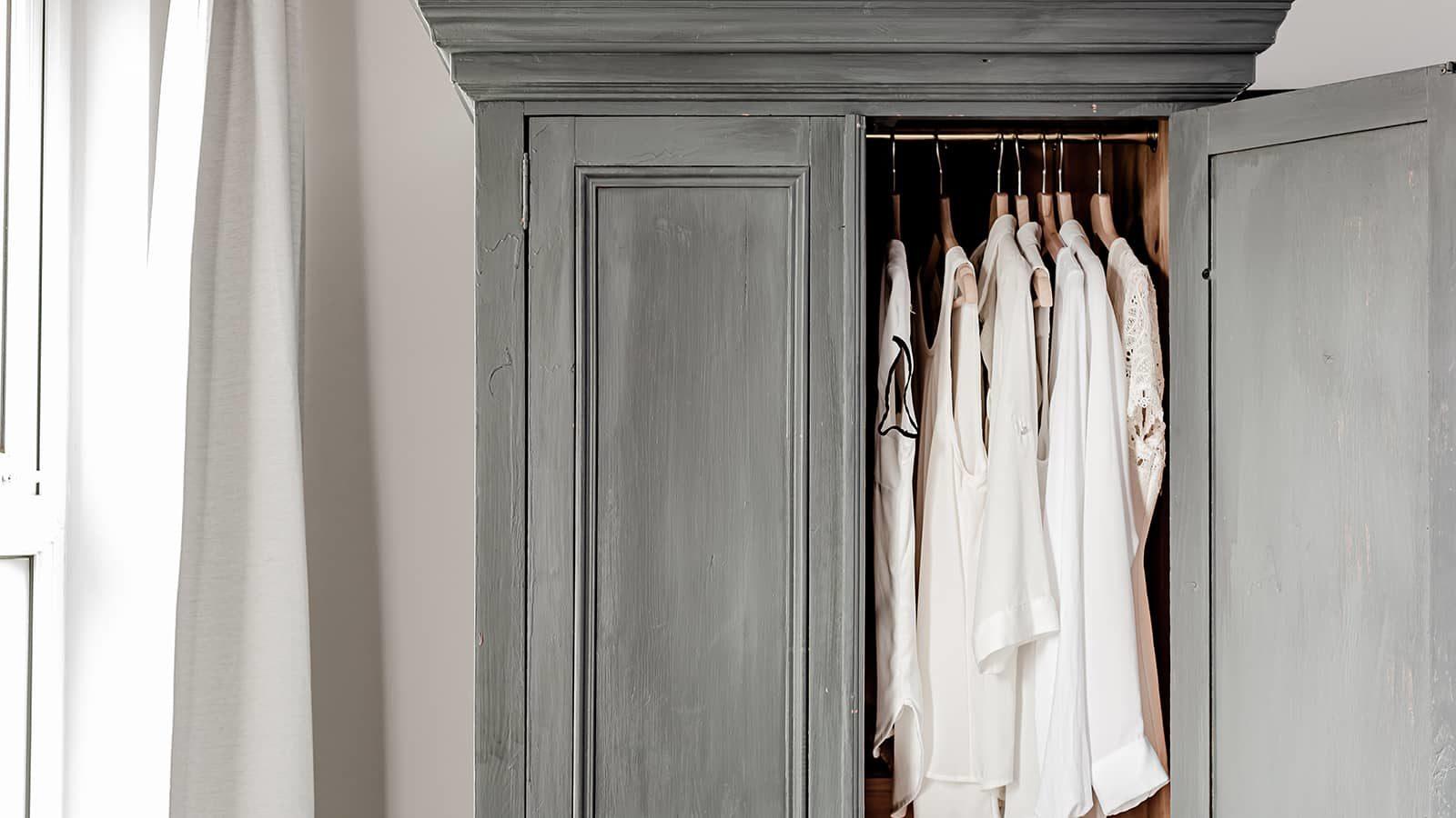 Dressing Minimaliste : Le Nombre de Pièces Idéal